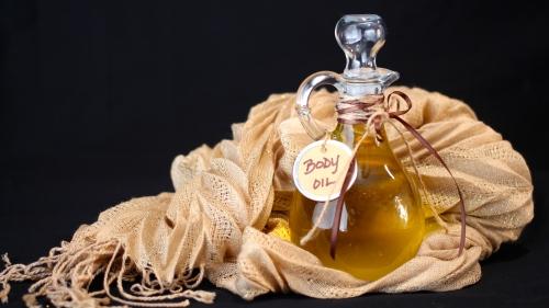 Organic Enriching and Nourishing Body Oil